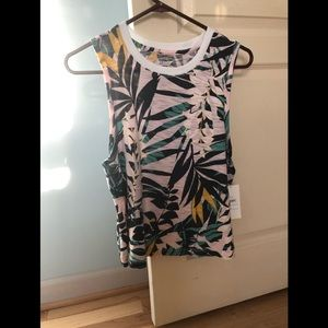 NWT Old Navy active Wear Size S. Originally $20+